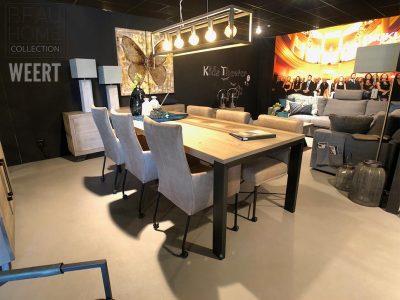 Eetkamertafel Delft, eetkamertafel, zwart metalen poot, poot, tafel