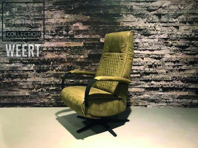 Relaxfauteuil Helmond is een stoere relaxfauteuil met zwart metalen arm en draaivoet met ruitjes stikking in de rug