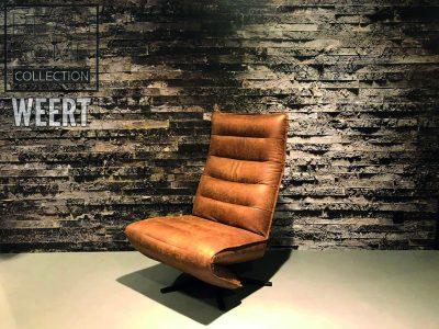 Relaxfauteuil Middelburg zonder armen in een donker cognac microleder stof op zwart metalen stervoet