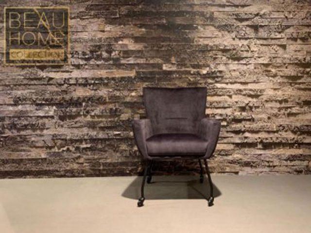 Voor-aanzicht-antriciet-stoel-met-zwarte-rol-pootjes