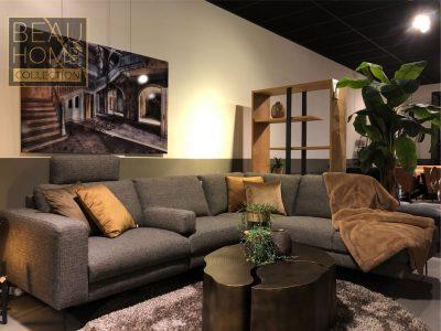 Relaxbank-in-een-grijze-stoffen-kleur-zij