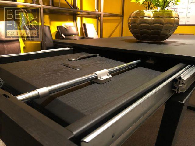Close-up-extern-stuk-tafel