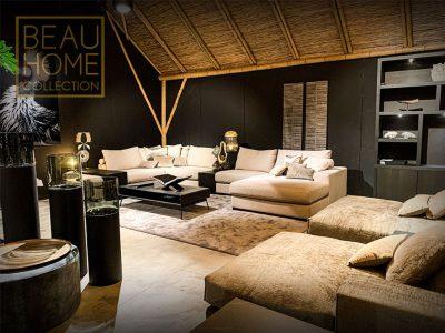 Voor-anzicht-luxury-u-bank-in-een-lichte-kleur